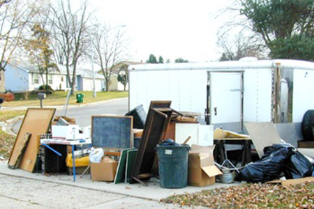 Best Trash Removal Services In Lincoln Nebraska | LNK Junk Removal