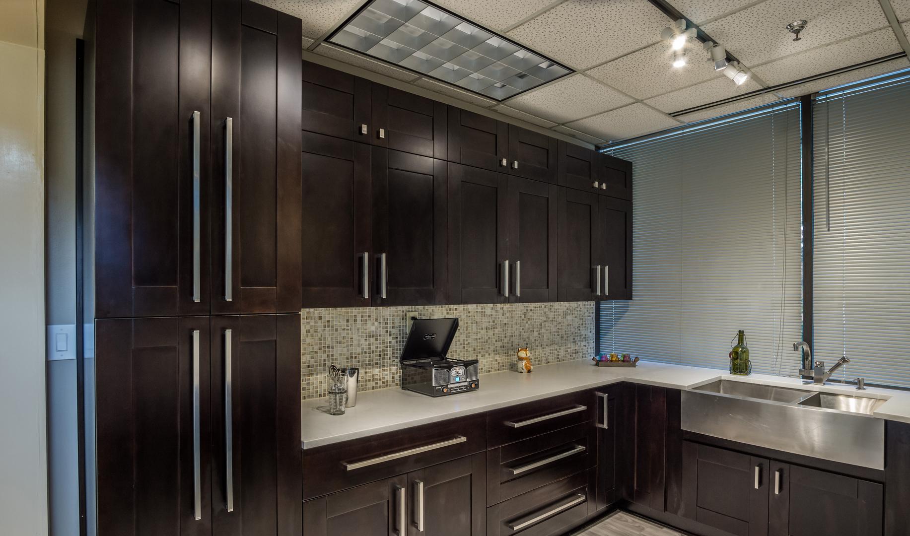 Xanadu Decor Cabinet Kitchen Cabinets Design Wholesale Kitchen - Kitchen design winnipeg