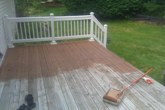 Affordable Deck Staining Services Edinburg McAllen TX| Handyman Services of McAllen