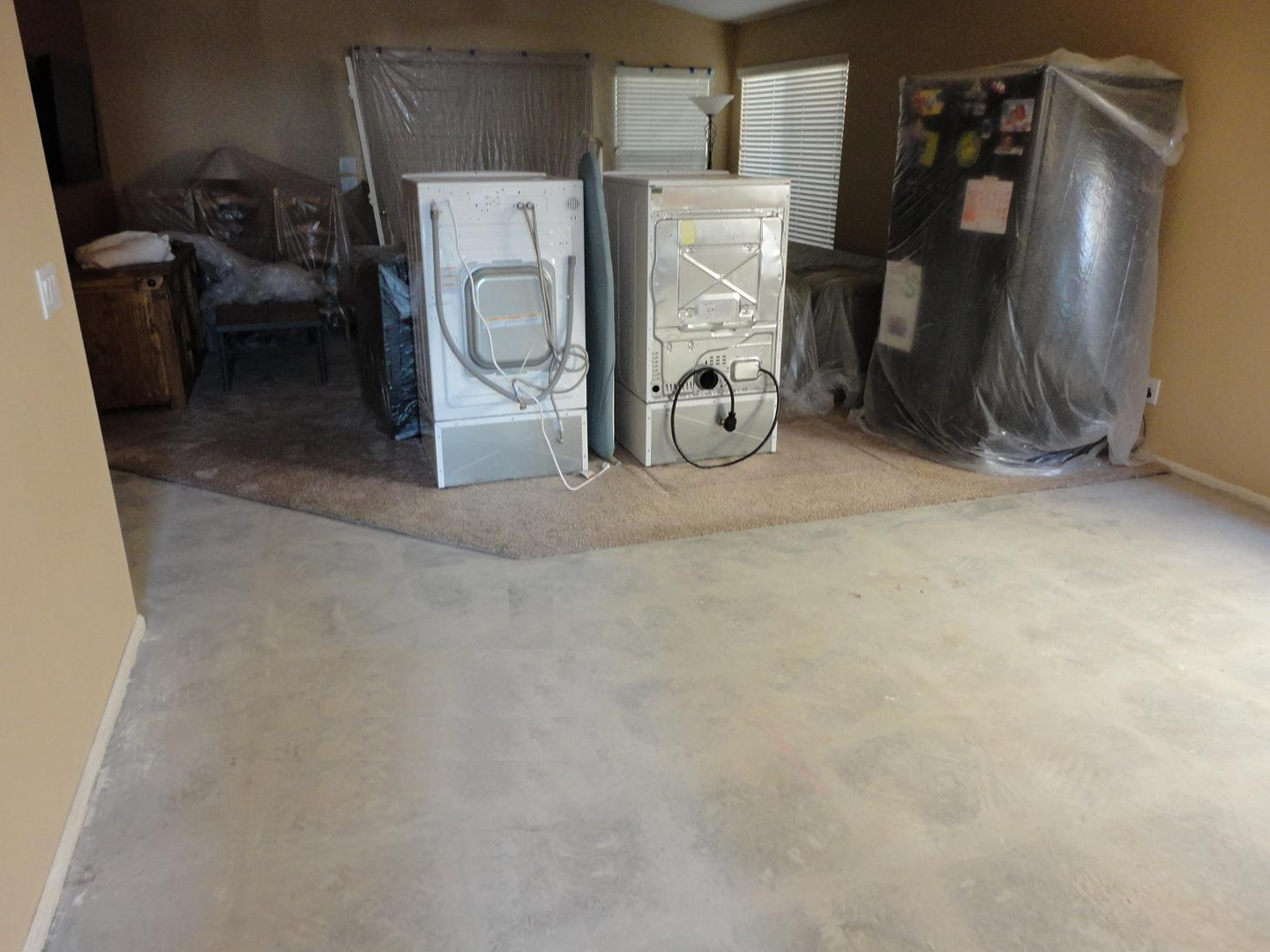 Ceramic tile removal the best way to save moneyefforttimesweat and tears is calling the one and only tile removal crew affordable and fast tile removal services dailygadgetfo Images