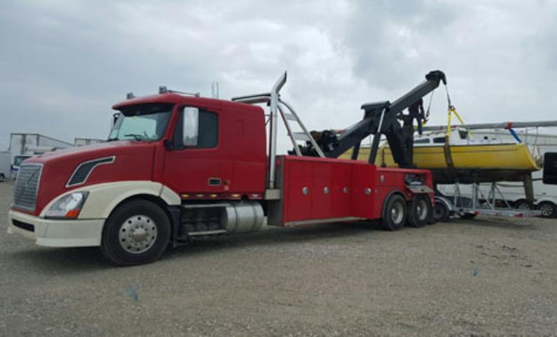 Specialized Equipment Towing Services in Omaha NE | 724 Towing Services Omaha