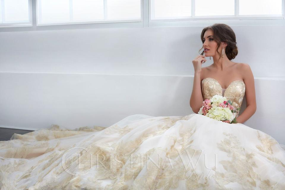 With A Wide Variety Of Designer Wedding Gowns To Choose From And Formal Wear For Prom Quinceanera Dresses Floras Will Inspire You