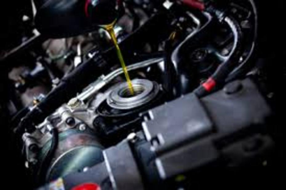 Mobile Fluid Services and Cost Mobile Fluid and Maintenance Services Omaha NE | FX Mobile Mechanic Services
