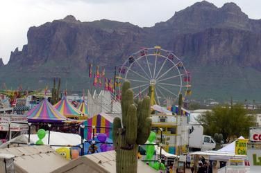 Lost Dutchman Day S