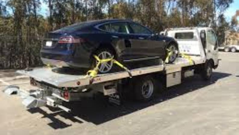 Best Flatbed Towing Las Vegas NV | Aone Mobile Mechanics