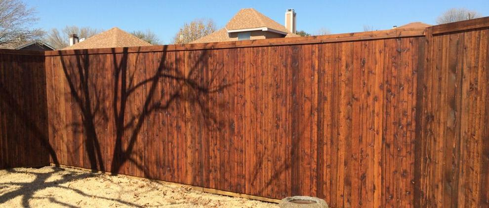 Fence Staining Services in the DFW Metroplex.