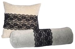 Lace Pillow Set