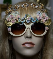 1323 Victorian Fan Hand Painted Roses Embellished Sunglasses
