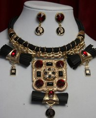 1616 Vintage Chanel Repurposed Button  Bow Huge Necklace Set