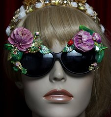 SOLD!1961 Vivid Tulip Rose Hand Painted Embellished Sunglasses