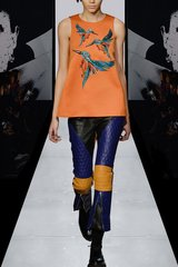 2157 High- End Faux Leather Pants+ Bird Embroidery Top Twinset