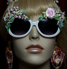 2043 Lily Of The Valley Bird Vivid Flower Embellished Sunglasses