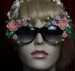 SOLD!1962 Elegant Vivid Hand Painted Leaf Roses Embellished Sunglasses