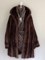 Bourne & Hollingsworth Oxford Street 1950s Vintage Brown  Musquash Muskrat Fur Coat