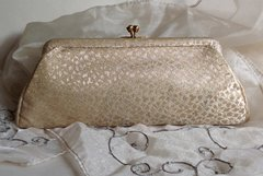 Vintage 1950s Leaf Pattern Gold All Fabric Small Clutch Bag Purse Kiss Clasp