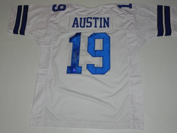 #19 MILES AUSTIN Dallas Cowboys NFL WR White Throwback Jersey AUTOGRAPHED