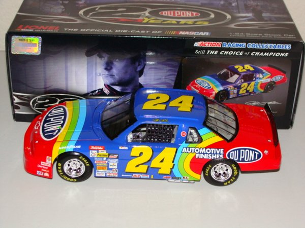 "2012 Action Lionel 1/24 #24 Dupont ""20th Anniversary"" 1992 Chevy Lumina Jeff Gordon CWC"
