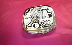 Fluff Metal Compact Mirror-London MOD