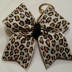 how to make a cheer bow keychain