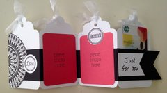 Black & White Accordion Tags