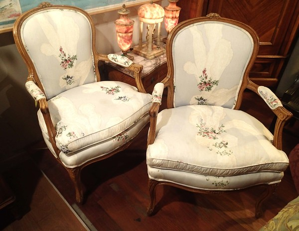 French Revival Louis XV Style Pair of Armchairs, Carved Wood Details