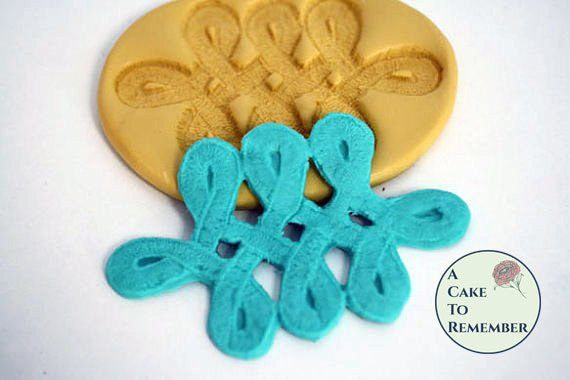 Celtic knot silicone mold for cake decorating