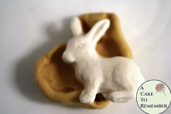 Silicone rabbit shoe mold for fondant, chocolate, gumpaste, polymer clay, or resin. M5069