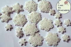 Gumpaste snowflakes, lacy snowflakes for cake decorating