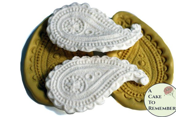 Set of two paisley silicone molds for cake decorating. Cake supplies and cake molds. Silicone mould for cakes.
