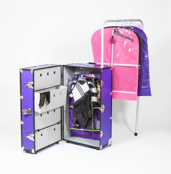 Pack And Roll Dance Star Rolling Closet With Rack And