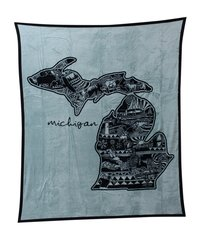 Ramatex Michigan Doodle Coral Fleece Throw, Grey
