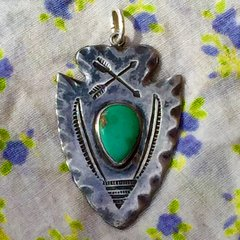 1920s FILE & ARROW STAMPED ARROWHEAD TURQUOISE SILVER DOG TAG PENDANT