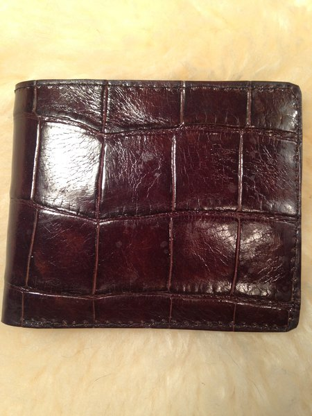 Men S Bifold Wallet Large Tile Brown Alligator Wallets