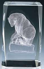 AIE LASER CUT CRYSTAL BEAR