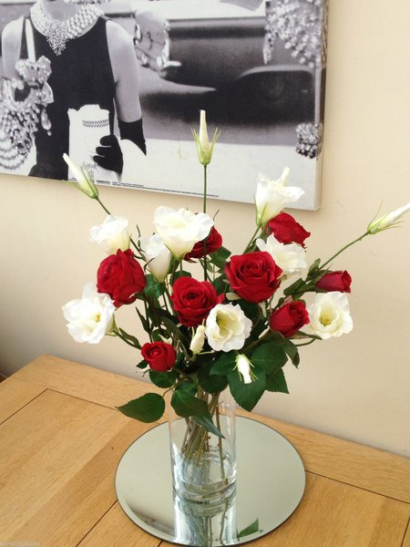 Red Roses Amp Ivory Lisianthus Luxury Artificial Glass Vase