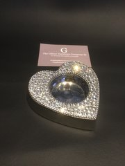 Beautiful crystal heart shape tealight holder