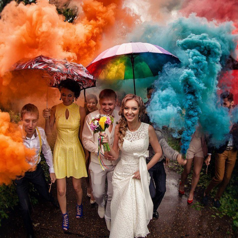 Professional Color Smoke Bombs For Wedding Photography & Film
