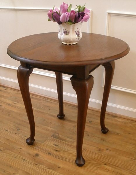 Antique Side Table Round Queen Anne Center Dining Table  : Qzk4MTM0MUM5MzM5NEY0RDk0OUQ6NDFmY2MwZmRkNjNiYTJmOTUxZmY0ZjVmOWJhMmRjYTk6Ojo6OjA from streetsoflondonantiques.com size 467 x 600 jpeg 43kB