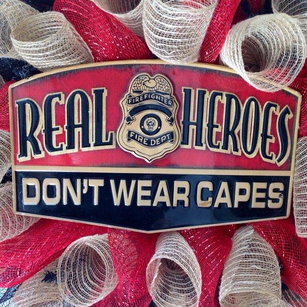 Real Teen Heroes Sign 78