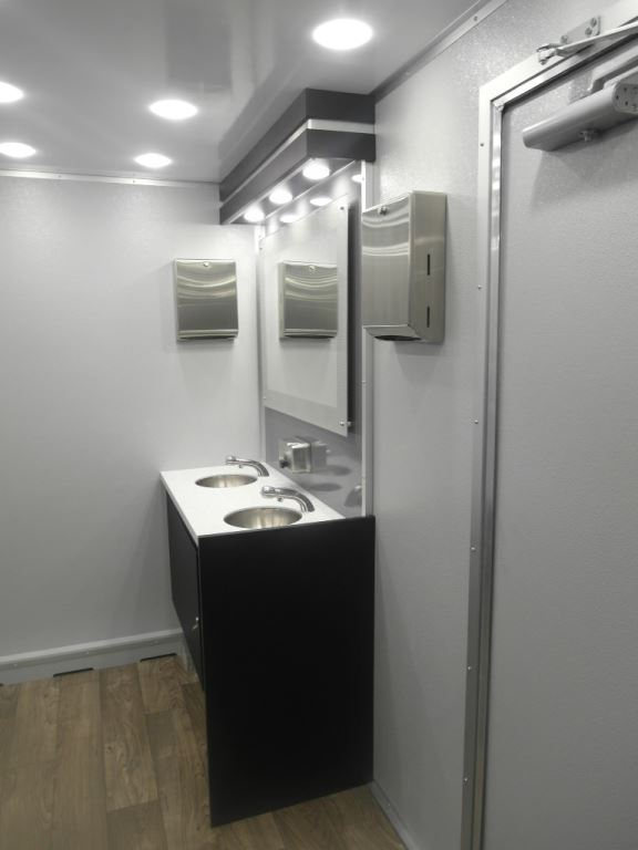 Portable Luxury Restroom Trailers, Temporary Office