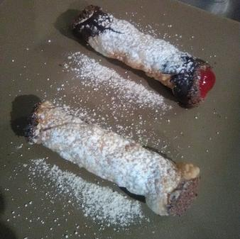 Cannoli, Biscotti, Gluten Free Cookies and even Lasagna and Ravioli to go.