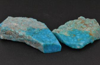 Rough pieces of birds eye turquoise from Kingman, Arizona. We offer several ring styles inlaid with this turquoise.