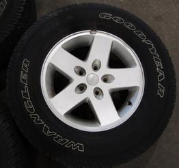 jeep wrangler set of 5 alloy wheels