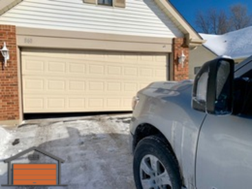 Garage Door Off track repair in buffalo grove il 60089