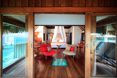 The Sofitel Moorea Ia Ora Beach Resort: Overwater bungalow