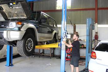Mechanics Bulimba