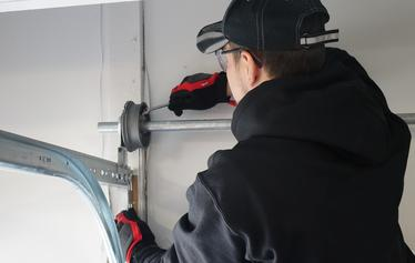 garage door broken cables repair in buffalo grove il 60089