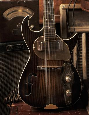 Meteor Electric Mandolin made by Postal Guitars