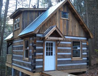 Carolina Log Cabins- Log Home Builder/manufacturer of Custom Built