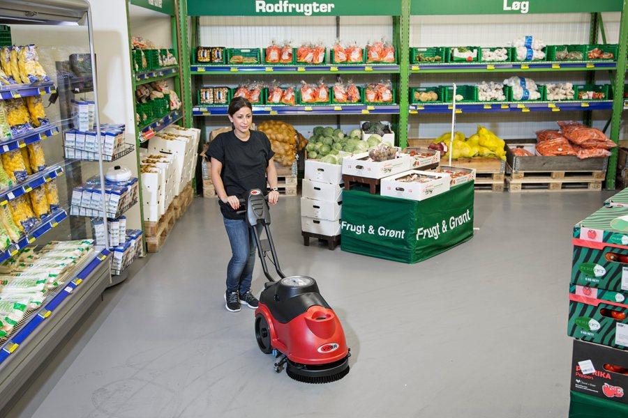 Kết quả hình ảnh cho cleaning supermarket